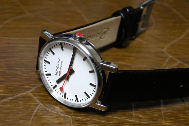 100均の腕時計|ダイソー・セリアの腕時計を比較