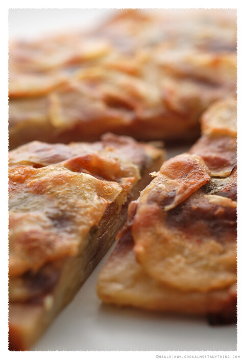 Potato, Sage and Onion Cake© by Haalo