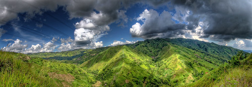 The Hills of the World's Largest City | Panorama | HDR
