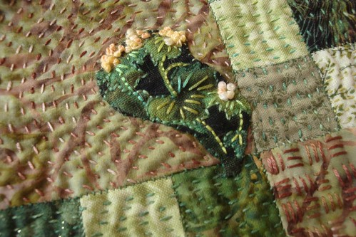 Fleurs in Stitching & Applique