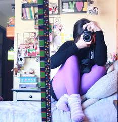 How I miss... (Honey Pie!) Tags: camera girl socks espelho canon mirror bed room violet tights polkadots bolinhas coisas lilac stuff jackskellington quarto cama myroom meias violeta lilás meiacalça purpletights melinadesouza meiacalçaroxa