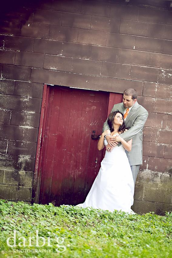 DarbiGPhotography-KansasCity-wedding photographer-T&W-DA-12.jpg