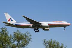 N767AJ - 33539 - American Airlines - Boeing 777-223ER - 100617 - Heathrow - Steven Gray - IMG_4145