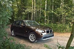 BMW X1 (MaddixLuxx) Tags: auto car nikon offroad forrest 4x4 d2x bmw grn bume voigtlnder feldweg x1 stil 2132