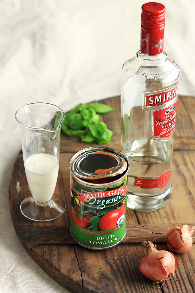 Tomato Vodka Cream Pasta Ingredients