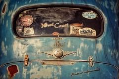 L'ami Ricoré..... (Isa-belle33) Tags: vintage retro old voiture automobile car window fenêtre rusty rouillé fuji fujifilm fujixt1 colors couleurs blue bleu