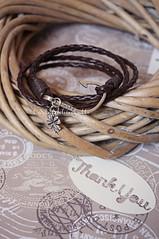 Braccialetto uomo intrecciato - Man bracelet (CartaForbiciGatto) Tags: braccialetto uomo intrecciato man bracelet cuoio finta pelle fake leather portafortuna lucky charm hope amo