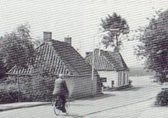 het woonhuis van de familie van Dijk / mevr. Bakker
