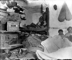 Jacob Riis, Lodgers in a Crowded Bayard Street Tenement – 'Five Cents a Spot', New York, 1889.