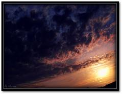 Another angle from the sunset..;) (Dregster) Tags: blue sunset pordosol sky cloud sun sol nature yellow azul clouds de soleil zonsondergang tramonto sonnenuntergang natureza coucher amarelo nuvens ng puesta ceu  posta solnedgang entardecer solnedgng matahari   auringonlasku   slnka  sumrak  araw   zpad muzg riets terbenam paglubog  dregster saullydio  anunes ilobsterit