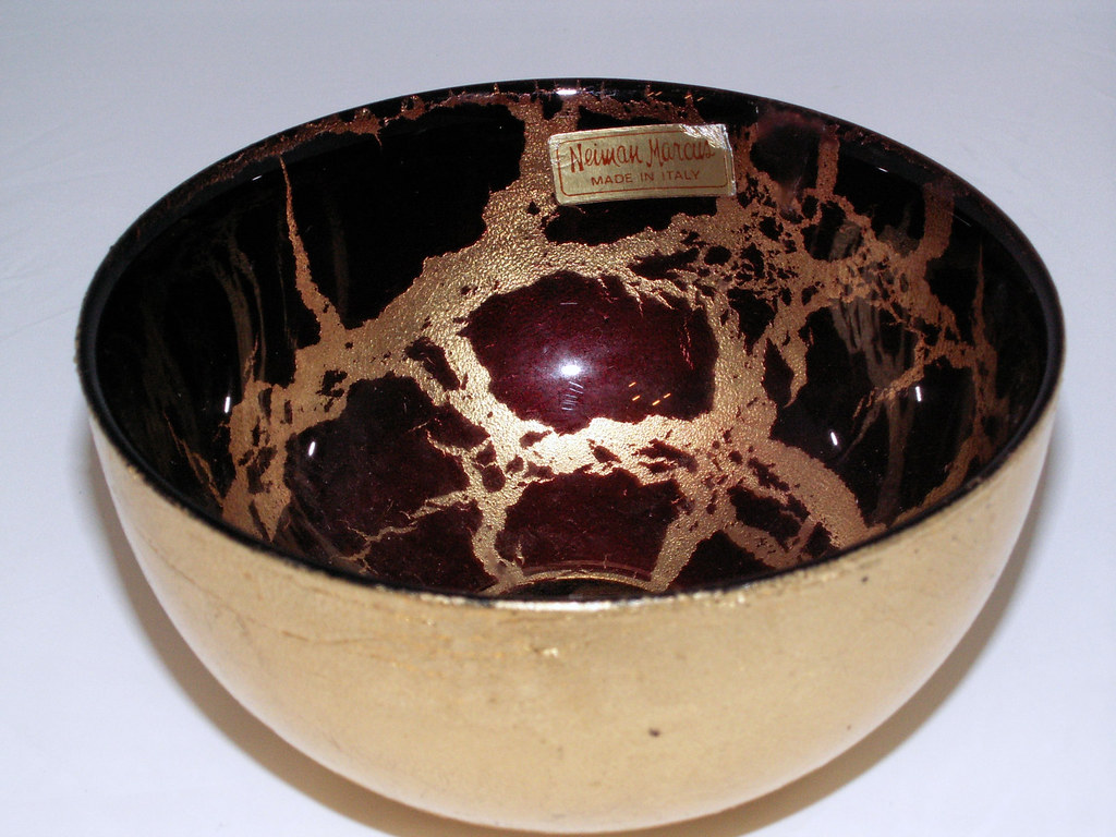 Vintage Neiman Marcus Italian Blown Red and Gold Leaf Bowl