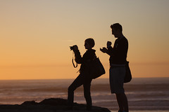 The photographer and her assistant (San Diego Shooter) Tags: wallpaper silhouette photography sandiego desktopwallpaper shoottheshooter photographersilhouette f64g15r4win sandiegodesktopwallpaper