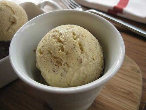 Againn_Brown_Bread_Ice_Cream