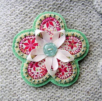 Pale green flower brooch