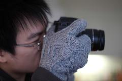 Spider glove