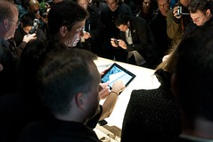 Crowds around the iPads