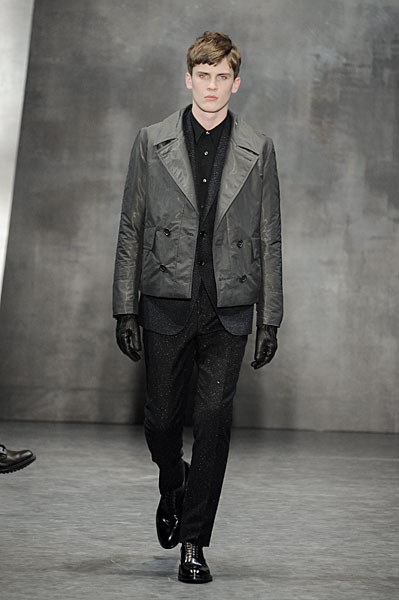 William Eustace3041_FW10_Paris_Cerruti(nikestav10@mh)