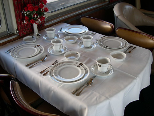 Private Rail Car - Vista Canyon, dining table