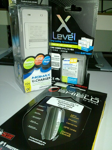 Zagg Invisible shield & momax products for N900