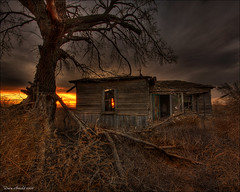The Haunting (Dave Arnold Photo) Tags: ranch sunset usa southwest west tree abandoned architecture us photo ruins texas image farm tx avatar ghost ruin picture evil pic images haunted ruina cotton photograph abandon american vacant western haunting ghostly texan abandonedbuilding farmyard cottonfarm davearnold canonphotographer davearnoldphotocom architectx