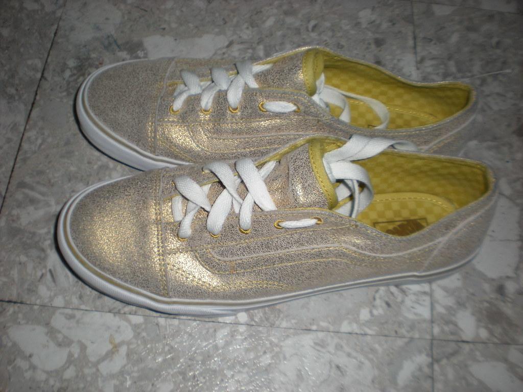 59d3c2281d 024 (Lola05t) Tags  old metal gold shoes lo skool pro vans cracked