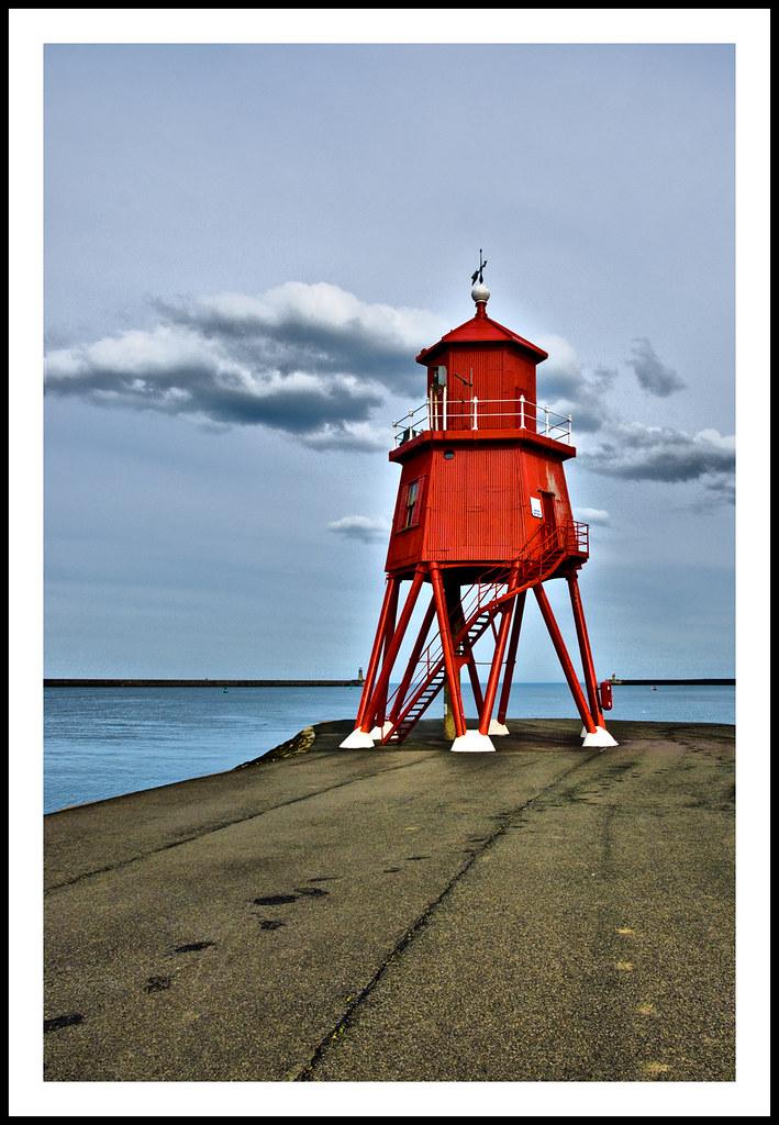 Herd Groyne Lighthouse - 21/NOT365