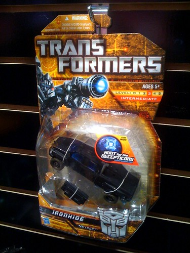 Rotf deluxe ironhide in package