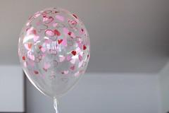 2010/02/14 at 16:25 ; Valentine's Day (/Stef_) Tags: hearts heart balloon minimal minimalism cuori cuore valentinesday sanvalentino february14 palloncino saintvalentinesday 14febbraio toyballoon