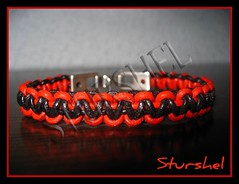 Pulsera bicolor rojo y negro