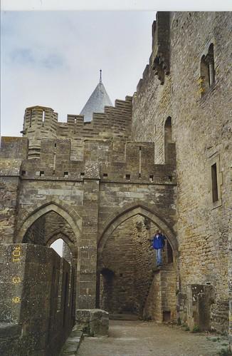 2001-03-09 Carcassonne France (le Citadel du Carcassonne (dedans les ramparts)))