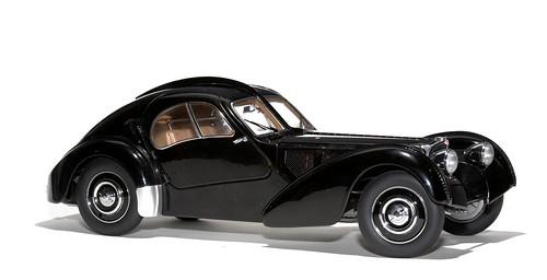 AutoArt Bugatti