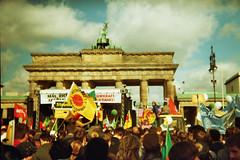 Hopp, Hopp, Hopp - Atomkraftstopp (putyourphazzersonstun) Tags: summer berlin holga135 lomographic100isofilm