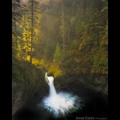 Punchbowl Falls (Jesse Estes) Tags: oregon waterfall columbiarivergorge eaglecreek punchbowlfalls jesseestesphotography