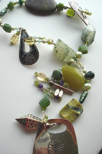 .How GREEN is your garden? Recycled Project Necklace