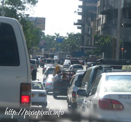 feb25 Origas Avenue midmorning traffic