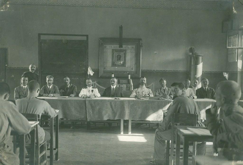 Генерал Адамович в экзаменационной комиссии