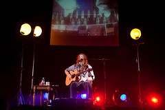 """Newton Faulkner @ Hammersmith Apollo - London • <a style=""""font-size:0.8em;"""" href=""""http://www.flickr.com/photos/32335787@N08/4442831186/"""" target=""""_blank"""">View on Flickr</a>"""
