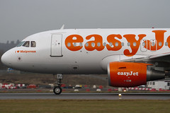 G-EZDJ - 3544 - Easyjet - Airbus A319-111 - Luton - 091209 - Steven Gray - IMG_4950