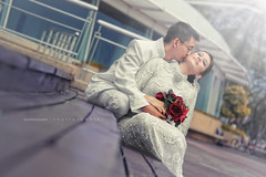 syed & hawa in the wedding (xbrokenpuppetx) Tags: wedding love 50mm kiss kissing post outdoor muslim islam feel jb feeling donny rol perkahwinan rayoflight ciuman d90 dangabay cium perkahwinanmelayu johorbharu shutteraddict outdoorweddingshoot xbrokenpuppetx zulhilmiyusoff