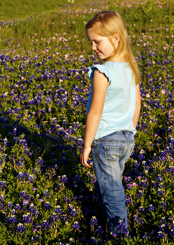 bluebonnet pose