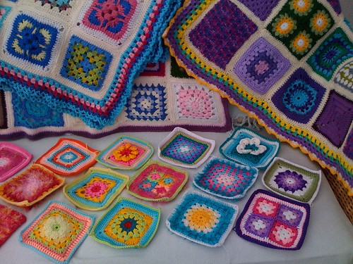 Squares everywhere! Pretty Squares from Elizabeth Cat of Latvia. Thank you!