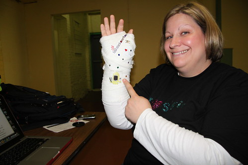 Behold the bedazzled cast...