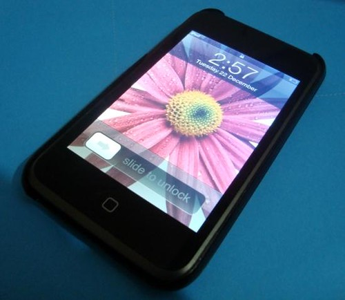 63873458_1-Orignal-Apple-Ipod-Touch-8Gb-with-wifi-safari-browser-youtube-looks-like-iphone-DHA