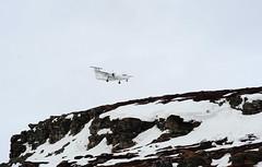 Dash 8 on approach VDS (GeirB,) Tags: norway norge airport nikon april nikkor approach finnmark vadsø vds wideroe varanger dash8100 widerøe vadsoe