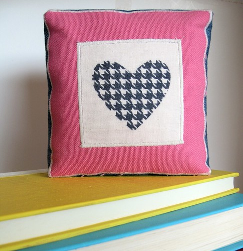 Houndstooth Heart Custom Printed Modern Country Home Decor