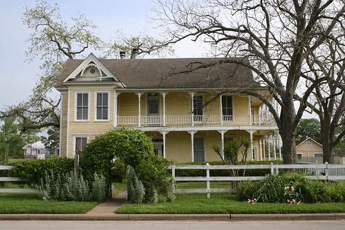 house in hempstead
