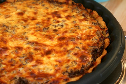 Quiche with Meat, Red Wine & Thyme
