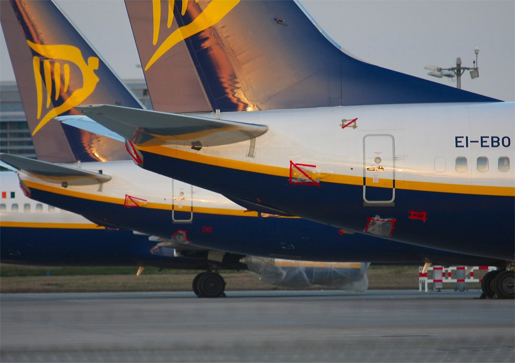 Ryanair boeing 737  EI-EBO