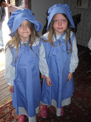 Two adorable girls from the 1860s (99kps) Tags: war weekend civil wichita cowtown