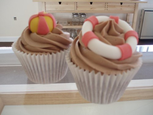 Cirencester Cupcakes - Beach Ball and Lifesaver Ring Cupcakes